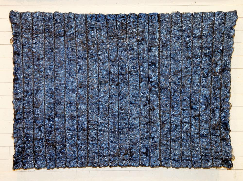 © My Kirsten Dammand / BUS 2015: SURFACE OF WATER 1, manipulerad väv, 110x150 cm